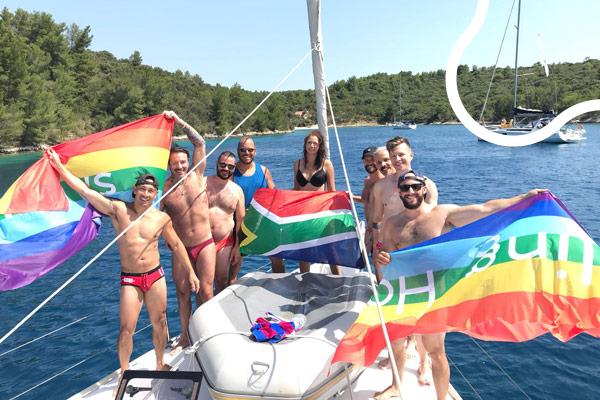 Mini gay cruise
